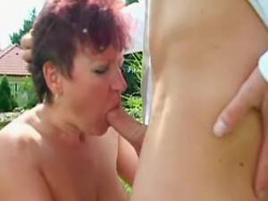 Guy fingering redhead mature and sucked on lawn