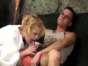 Lusty granny sucks appetizing cock of amateur guy