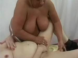 Fat old lesbians have fun with dildo