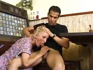 Guy fucking horny old woman in caff