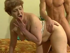 Young guy fucks granny and greedily licks pussy