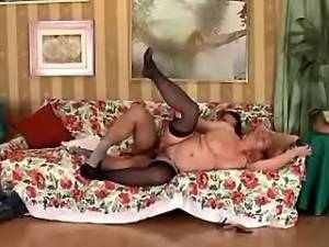 Chubby granny gets cumload in mouth from young guy