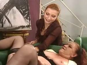 Old lady in stockings gets deep fuck and cumload
