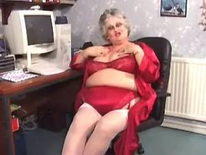 Chubby granny in lingerie seduces amateur guy