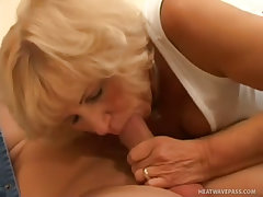 Busty mature hungry for mouthful of jizz