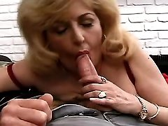 Elder mature sucks n jumps on cock