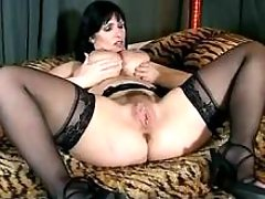 Lewd busty mom gets cunt massage