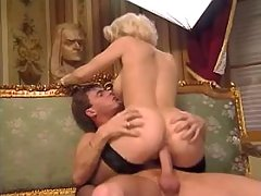 Guy fucks lewd milf n jizzes on ass